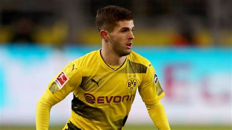 christian pulisic to chelsea christian pulisic linked to chelsea move the cus times