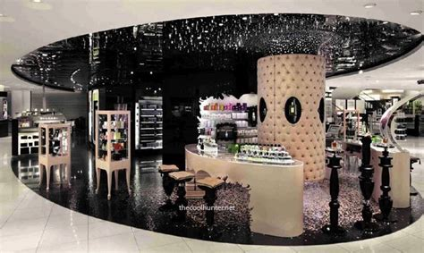 Makeup Shop 1000 images about stores on retail shop by and bazaars