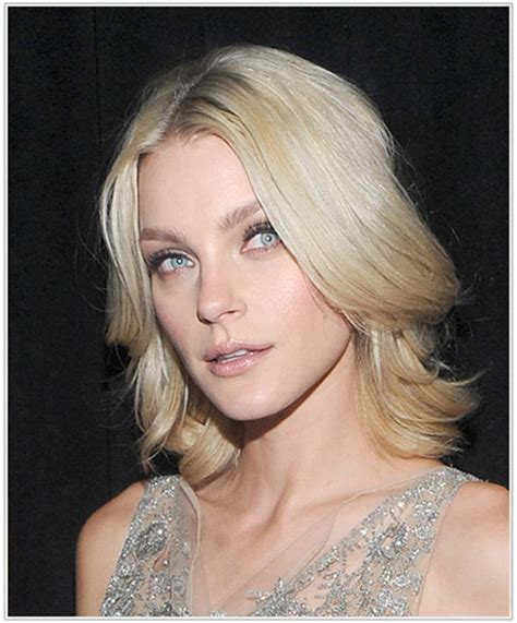 pictures of hairstyles that hide a sagging jowline hairstyles to hide sagging jawline short hairstyle 2013