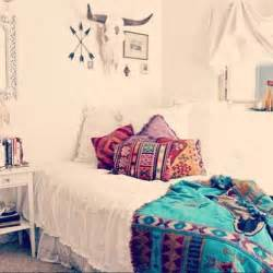 boho home decor ideas 35 charming boho chic bedroom decorating ideasstudioaflo