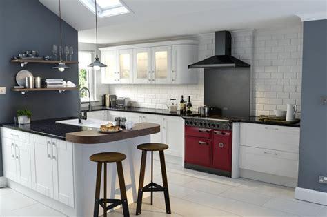 Wren Kitchens   Shaker Ermine True White   New for 2014