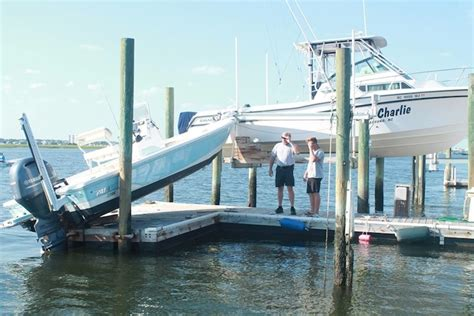 boat crashes onto wrightsville beach dock lumina news - Boat Crash Wrightsville Beach