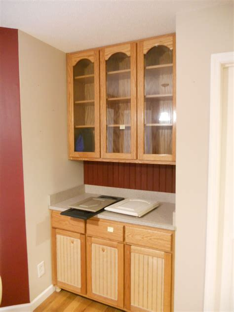 white cabinets with brown glaze antique white cabinets with brown glaze before 03