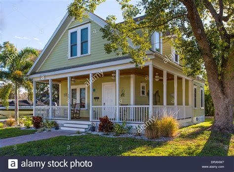 american builders and craftsmen craftsman bungalow house www pixshark com images