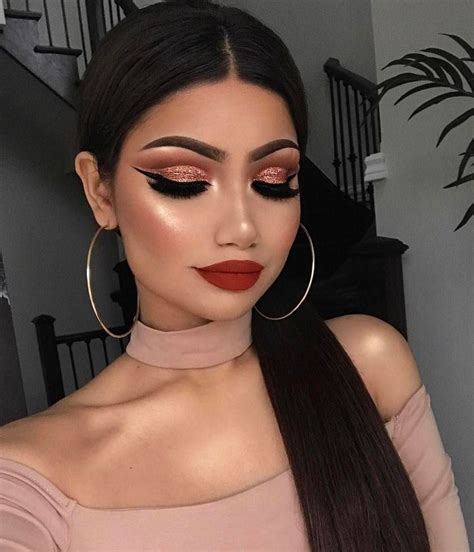 light blue face makeup full face makeup idea for women with light skin red lips