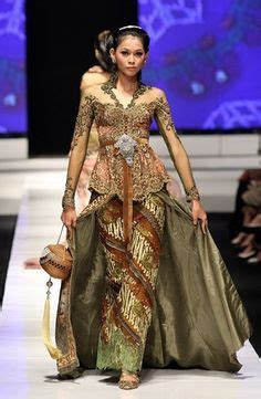 desain gaun fashion show 1000 images about indonesian fashion on pinterest