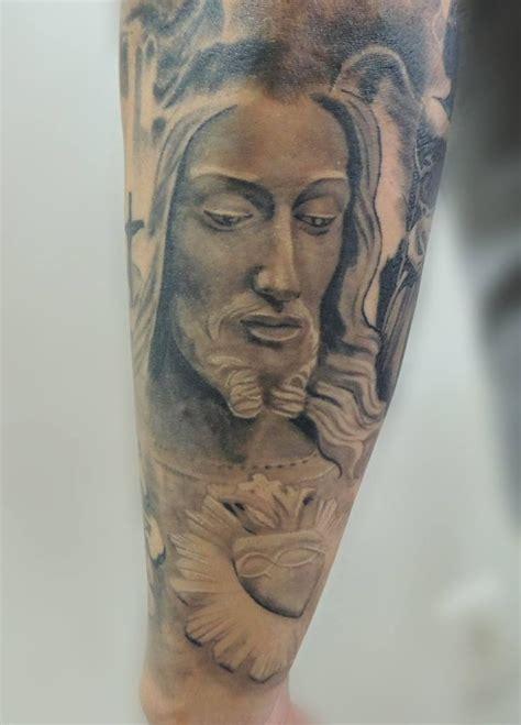 tattoo jesus cristo significado jesus cristo tattoo estatua ilario tatuagem serra es