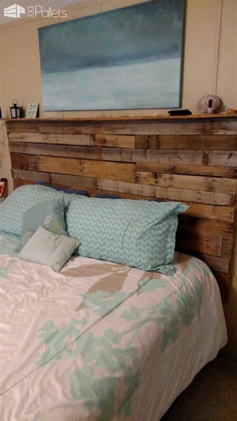 pallet bed headboard made out of 3 wooden pallets 1001