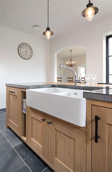 stenen spoelbak keuken 25 beste idee 235 n over stenen gootsteen op pinterest