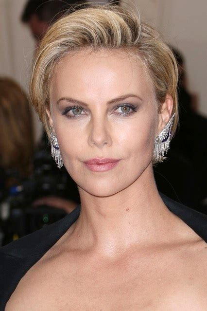 Charlize Theron's Short Side Parted Hairstyle At Met Ball