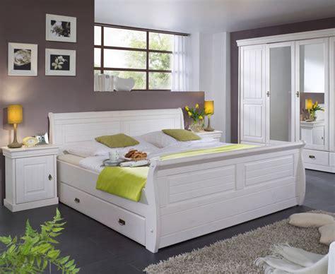 Schlafzimmer Kiefer Komplett by Komplett Schlafzimmer Kiefer Weiss Ohne Bettkasten