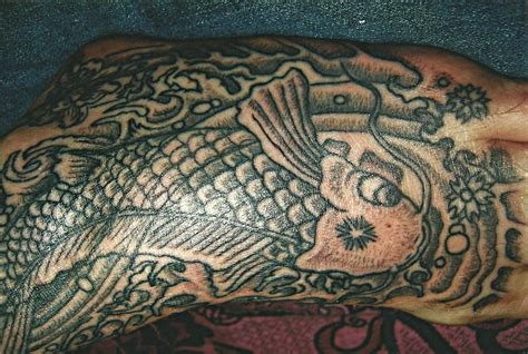 star needle tattoo koh samui chinese fish on foot big magic tattoo koh phangan thailand
