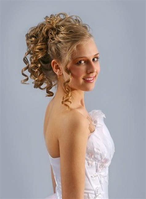 hairstyles bridesmaids mid length hair medium length wedding hairstyles