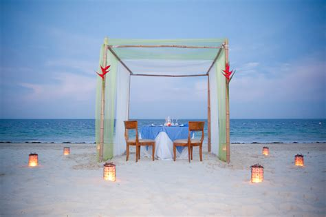 romantic beach 50 best romantic places pictures and wallpapers