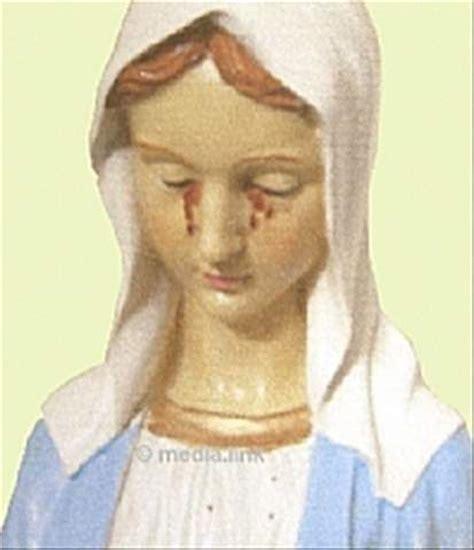 imagenes catolicas que lloran 191 l 225 grimas de sangre im 225 genes y estatuas de v 237 rgenes