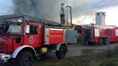 colchones yecla arde una f 225 brica de colchones de yecla murcia