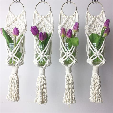 Macrame Hangers For Plants - 25 best ideas about macrame plant hangers on