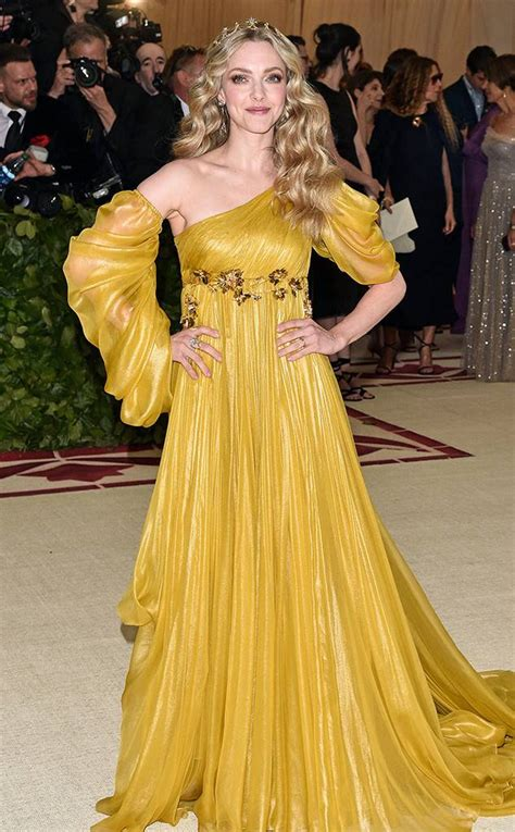 amanda seyfried red carpet amanda seyfried from met gala 2018 best dressed stars to