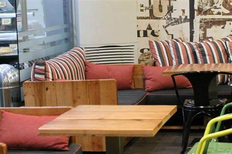 coffee shop couches diy pallet coffee and food shop furniture