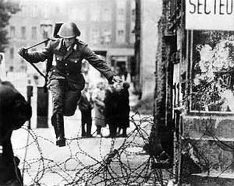 imagenes historicas facebook fotos historicas el muro de berlin