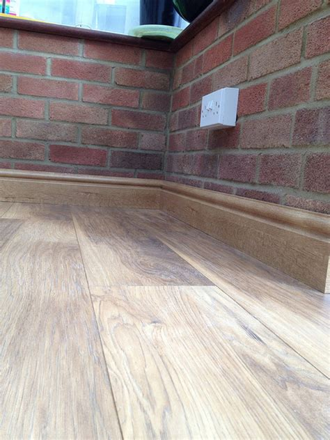 Laminate Linoleum Flooring Laminate Vs Vinyl Flooring Scottsdale Flooring America