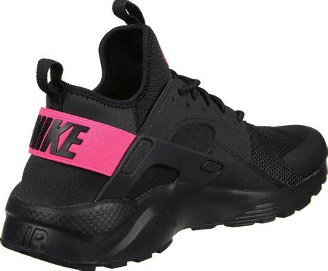 nike air huarache run ultra gs schoenen zwart roze  de