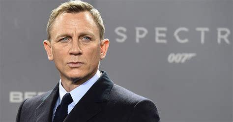 film james bond 2016 james bond s 25th delayed by bosses so daniel craig can