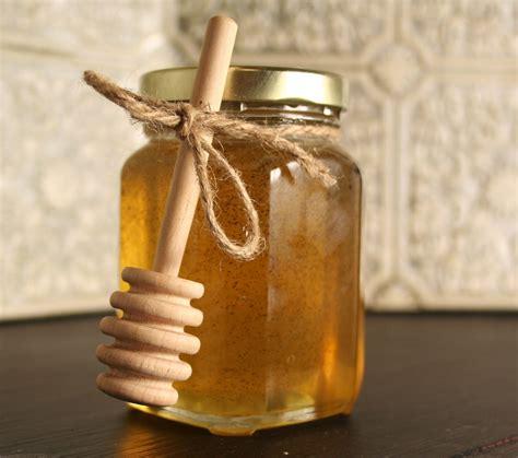 Vanilla Infused Honey madagascar bourbon vanilla bean infused honey bee lovely