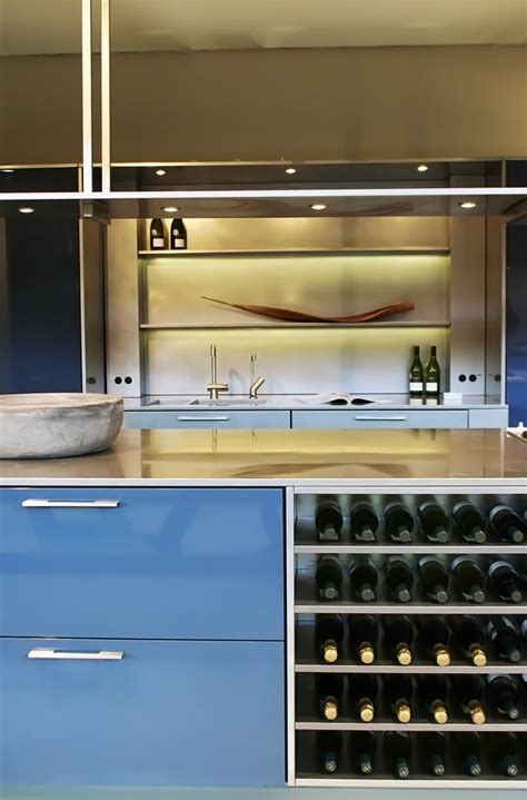 Light Green Kitchens - high gloss and matte lacquered kitchen cabinet doors gallery