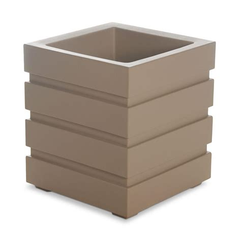 Square Clay Planters Mayne Freeport 18 In Square Clay Plastic Planter 5860 C