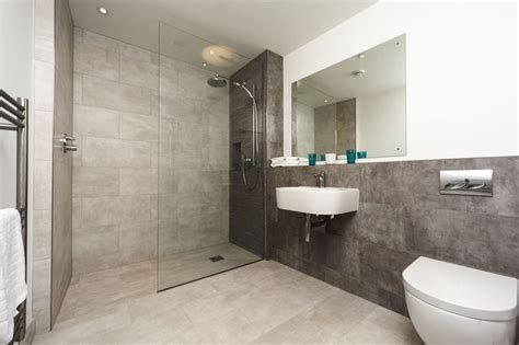 contemporary showers bathrooms the defining characteristics of modern walk in showers