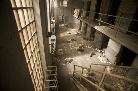 Prison Is by The Walking Dead Season 3 Images Collider