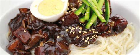 yuk intip resep mie hitam jajangmyeon ala korea  hock