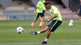 Nike Flywire Football Cleats Neymar Receives Custom Nike Hypervenom 2 Boots With Low