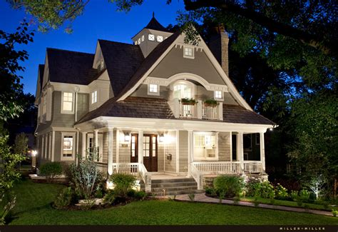 Hinsdale Community House by Hinsdale Realtor And Luxury Real Estate