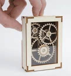 laser cut display gears 16 steps with pictures