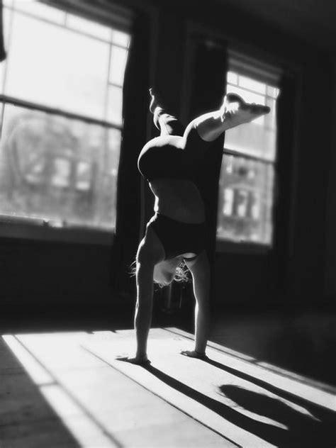 Imagen sobre Posturas de yoga de Evelyn Soto en je suis