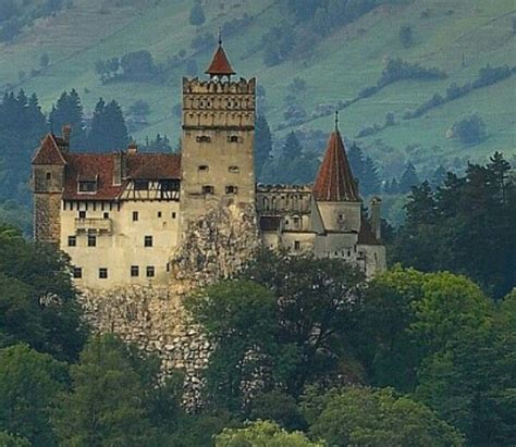 dracula castle braun castle dracula castle castles and cathedrals