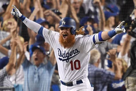 justin turner walk home run keeps dodgers undefeated