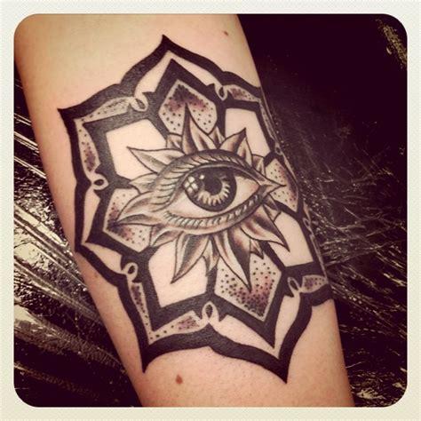 tattoo eye flower eye in mandala flower tattoo