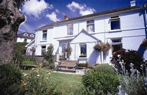 Cottage Court Hotel Tenby trusted partner we work with booking to make your