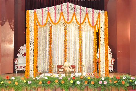 wedding stage decoration with flowers places to visit