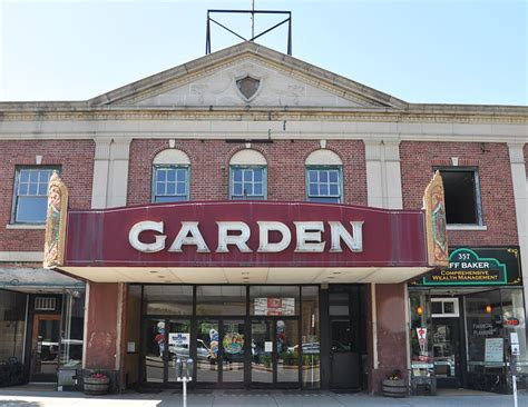 Garden Cinema Greenfield Ma by Massachusetts Theatres Roadsidearchitecture