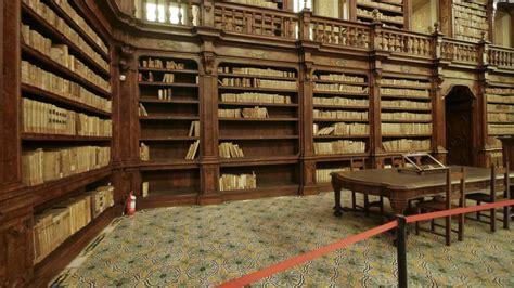 librerie aperte domenica napoli biblioteca dei girolamini porte aperte ma