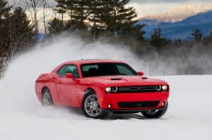 2017 dodge challenger gt front three quarter in motion 11