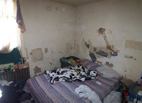 scary bedroom ugly house photos