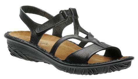 sandals walking on a cloud sandalias de confort
