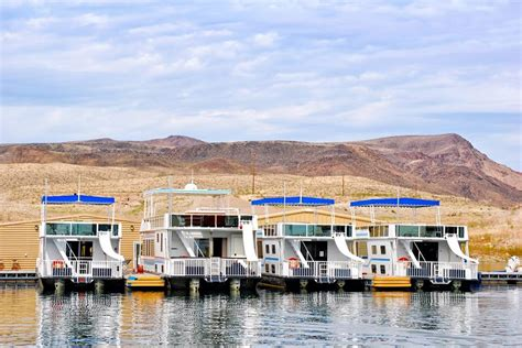 houseboats nevada rent one of these houseboats in nevada at lake mead