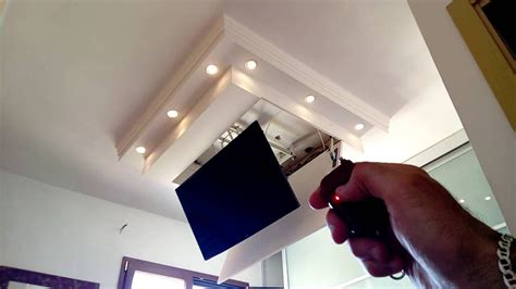 tv a soffitto staffa a soffitto motorizzata autocostruita per tv lcd 48