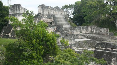 imagenes de ruinas aztecas descubriendo las ruinas mayas tikal